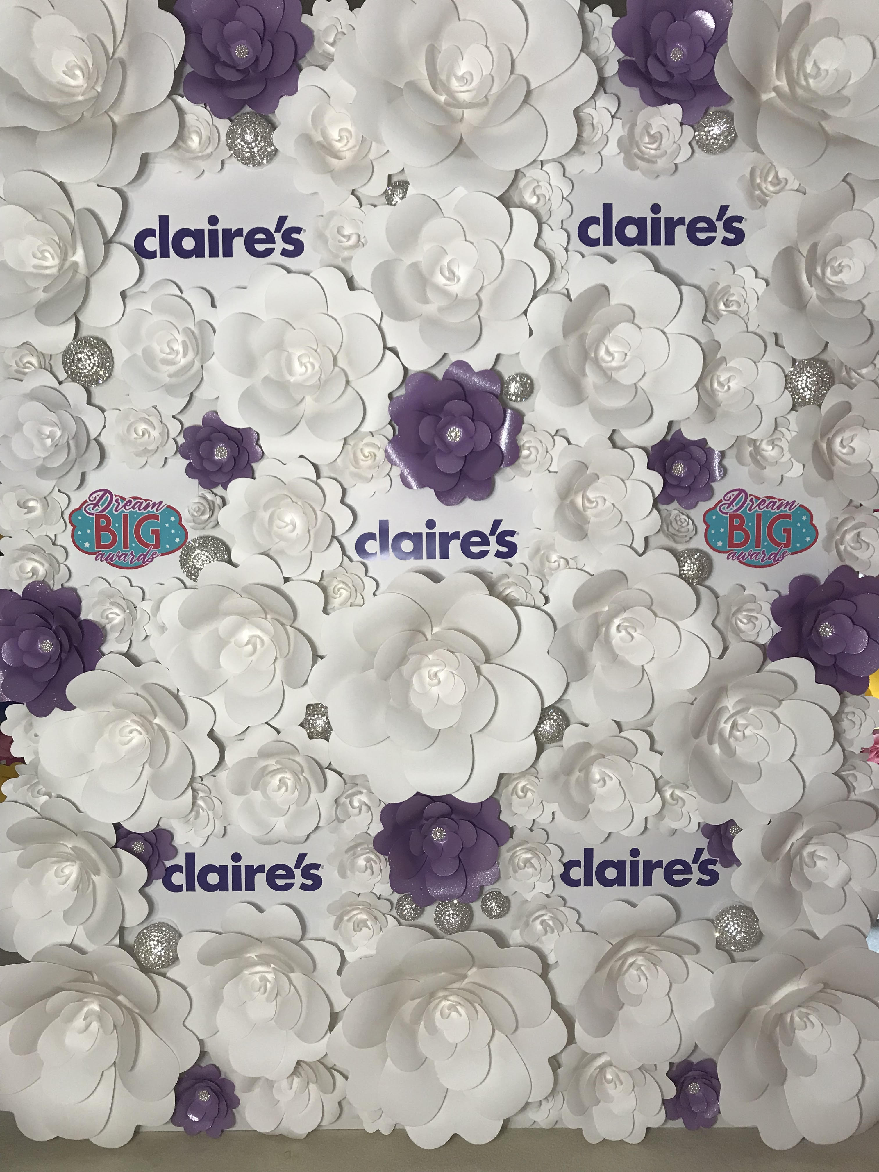 All Camellia White And Purple Step And Repeat With Jewels Flower